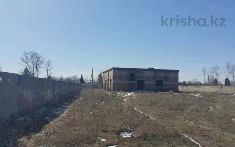Промбаза 30 соток, Инициативная 43/5 за 8 млн 〒 в Усть-Каменогорске