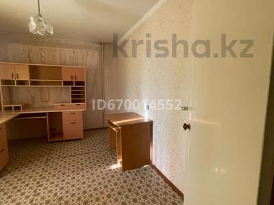 2-комнатная квартира, 54 м², 8/9 этаж, Пр.Назарбаева 174 — Амангельды за 14.9 млн 〒 в Павлодаре
