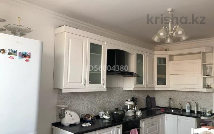 3-комнатная квартира, 96 м², 9/10 этаж, Кудайбердиулы 17 за 30 млн 〒 в Нур-Султане (Астана), Алматы р-н