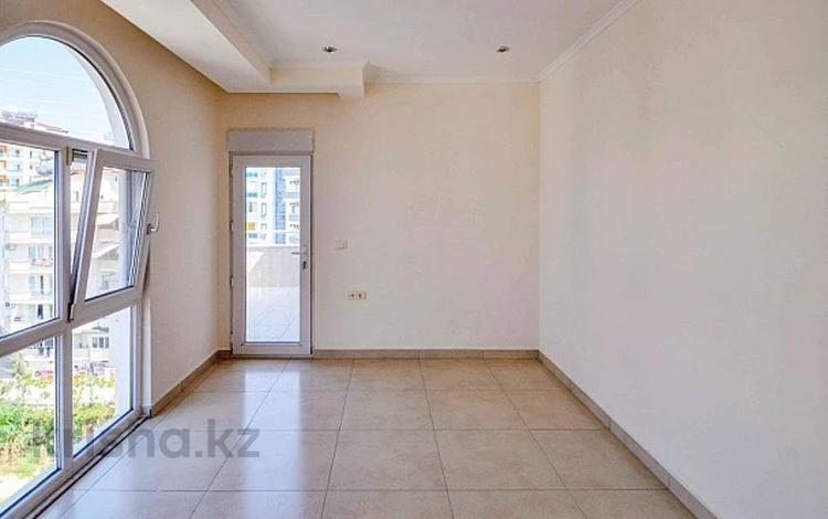 5-комнатная квартира, 220 м², 7/7 этаж, Avsallar 07410 за 50.9 млн 〒 в