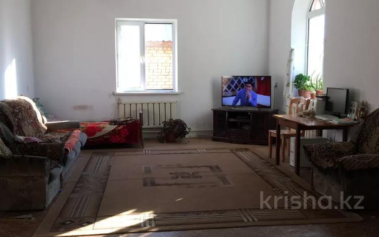 6-комнатный дом, 207 м², 10 сот., Жагалау — Университетская за 31 млн 〒 в Караганде, Казыбек би р-н