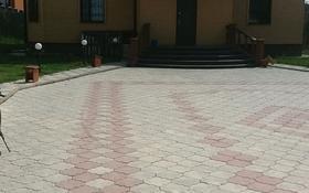 7-комнатный дом, 280 м², 10 сот., Таугуль 2 28А — Таттимбета за 100 млн 〒 в Караганде, Казыбек би р-н