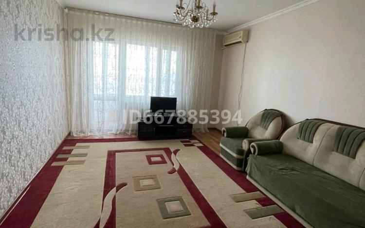 2-комнатная квартира, 72 м², 5/16 этаж, мкр. Алмагуль 17 за 19 млн 〒 в Атырау, мкр. Алмагуль