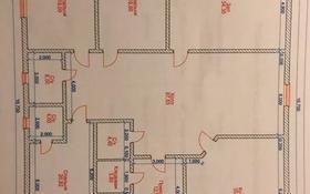 4-комнатный дом, 260 м², 0.8 сот., мкр Нурсая, Мкр Нурсая-3 за 25 млн 〒 в Атырау, мкр Нурсая