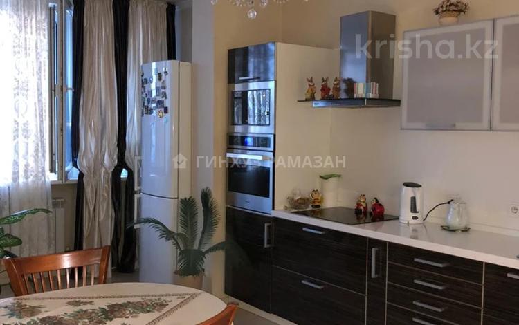 2-комнатная квартира, 85 м², 9/12 этаж, Сембинова 7 — Кенесары за 26.5 млн 〒 в Нур-Султане (Астана)