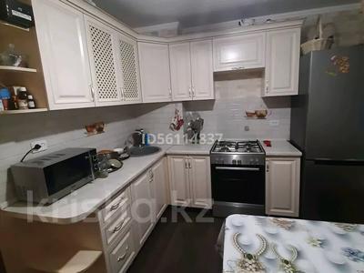 2-комнатная квартира, 53 м², 2/5 этаж, Юность 53 за 11 млн 〒 в Семее — фото 2