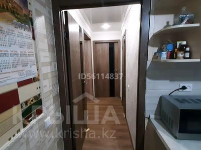 2-комнатная квартира, 53 м², 2/5 этаж, Юность 53 за 11 млн 〒 в Семее — фото 4
