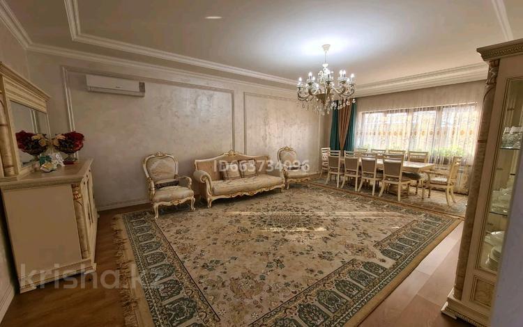 5-комнатный дом, 380 м², 6 сот., Одесская 30 — Брянская за 118 млн 〒 в Алматы, Медеуский р-н