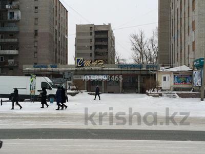 Магазин площадью 800 м², Дулатова 208 за 215 млн 〒 в Семее