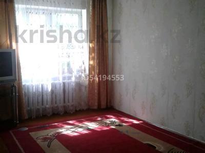 2-комнатная квартира, 58 м², 2/5 этаж, Эмбинская 140 — Гастелло за 7 млн 〒 в Актобе — фото 2