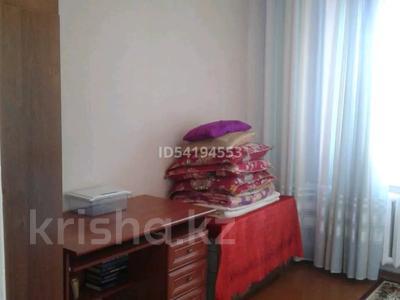2-комнатная квартира, 58 м², 2/5 этаж, Эмбинская 140 — Гастелло за 7 млн 〒 в Актобе — фото 3