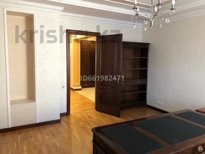 4-комнатная квартира, 247 м², 7/8 этаж помесячно, Сатпаева 14б за 800 000 〒 в Нур-Султане (Астана), Алматы р-н — фото 14
