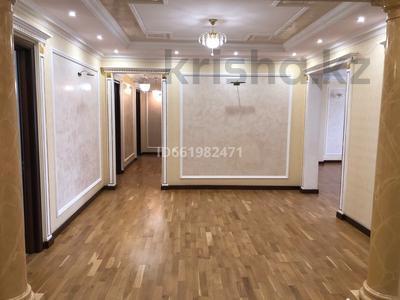 4-комнатная квартира, 247 м², 7/8 этаж помесячно, Сатпаева 14б за 800 000 〒 в Нур-Султане (Астана), Алматы р-н — фото 18