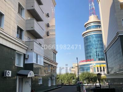 4-комнатная квартира, 247 м², 7/8 этаж помесячно, Сатпаева 14б за 800 000 〒 в Нур-Султане (Астана), Алматы р-н — фото 22
