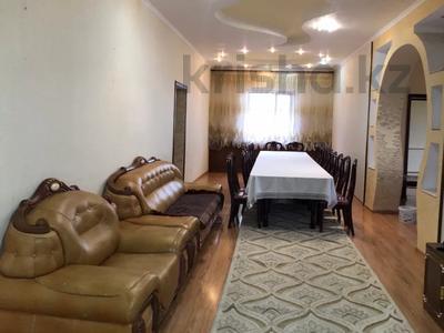 6-комнатный дом посуточно, 250 м², 10 сот., Толе би за 30 000 〒 в Таразе