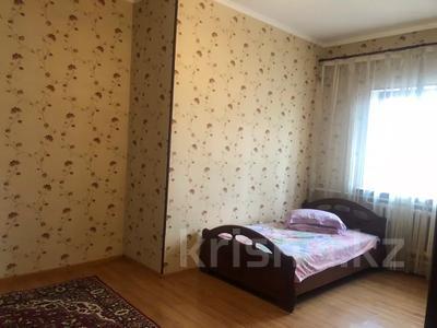 6-комнатный дом посуточно, 250 м², 10 сот., Толе би за 30 000 〒 в Таразе — фото 15