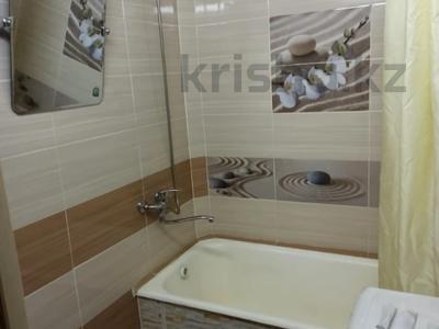 1-комнатная квартира, 25 м², 2/3 этаж посуточно, Интернациональная за 6 000 〒 в Петропавловске — фото 2