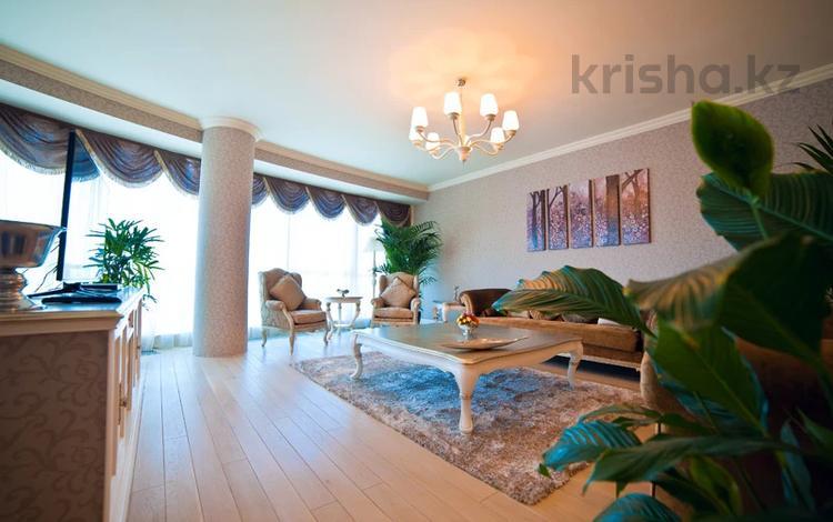 3-комнатная квартира, 125 м², 17/26 этаж на длительный срок, Туран 37/9 за 650 000 〒 в Нур-Султане (Астане), Есильский р-н