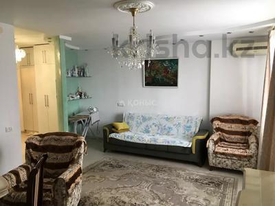3-комнатная квартира, 80 м², 9/16 этаж, проспект Кабанбай Батыра за 31 млн 〒 в Нур-Султане (Астана), Есиль р-н — фото 2