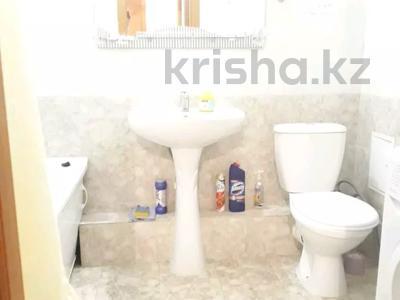 1-комнатная квартира, 45 м², 2/12 этаж посуточно, М. Габдуллина 19 за 7 000 〒 в Нур-Султане (Астана), р-н Байконур — фото 4