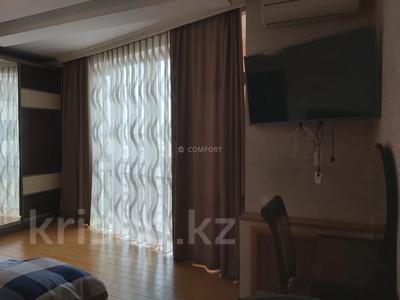 3-комнатная квартира, 115 м², 17/20 этаж, Брусиловского 144 за 47.9 млн 〒 в Алматы, Алмалинский р-н — фото 11