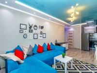 2-комнатная квартира, 60 м², 23/24 этаж посуточно, Сарайшык 7б — Акмешит за 18 000 〒 в Нур-Султане (Астане)