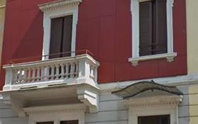 10-комнатный дом, 400 м², 1 сот., Citta Studi за ~ 1.3 млрд 〒 в Милане