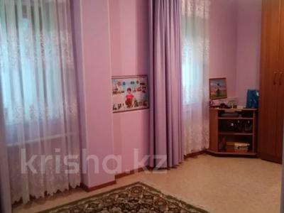 3-комнатный дом, 80 м², 7 сот., Молдагуловой — Индустриальная за 18 млн 〒 в Актобе, мкр 5 — фото 13