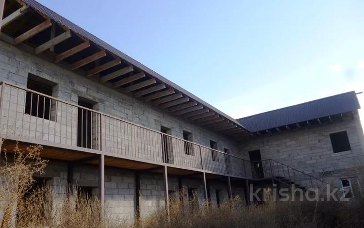 10-комнатный дом, 333 м², 5.71 сот., мкр Теректы за 18 млн 〒 в Алматы, Алатауский р-н