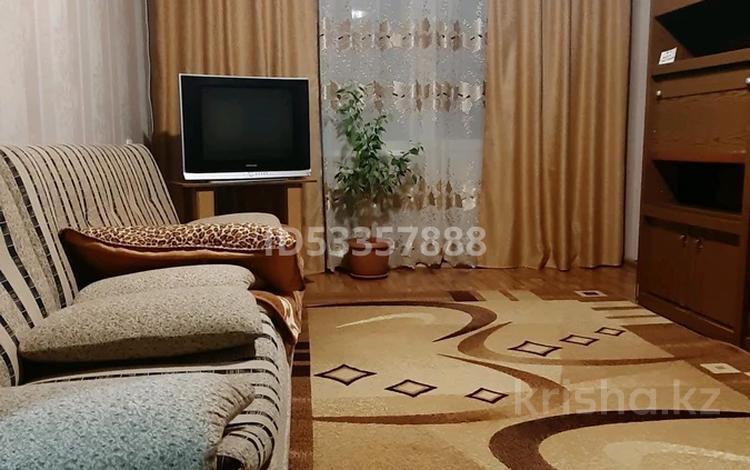 2-комнатная квартира, 42 м², 2/5 этаж посуточно, 5 мкр. 2в за 6 000 〒 в Капчагае