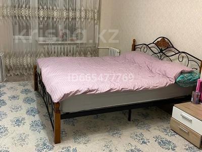 2-комнатная квартира, 65.9 м², 1/9 этаж, мкр 12 за 14.5 млн 〒 в Актобе, мкр 12