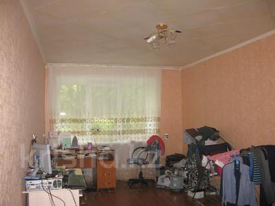 2-комнатная квартира, 45 м², 1 этаж, 4-й микрорайон 5 за 5 млн 〒 в Риддере — фото 4