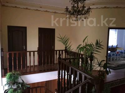 12-комнатный дом, 450 м², 6.5 сот., Победы 76 — Бародина за 50 млн 〒 в Костанае — фото 5