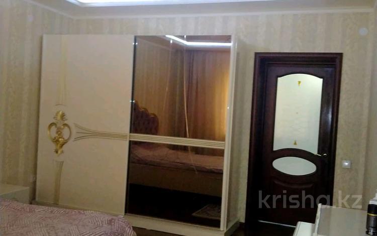 6-комнатный дом, 223 м², 6 сот., Сагы Жиенбай за 25.5 млн 〒 в Актобе, Старый город