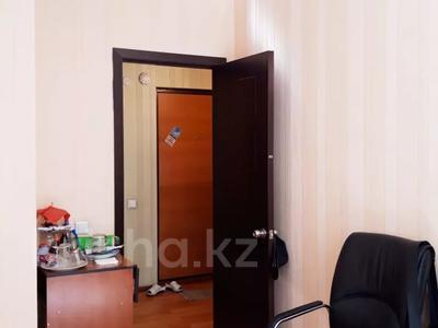 1-комнатная квартира, 39.4 м², 1/9 этаж, Ташкентский тракт за 9 млн 〒 в Алматы — фото 12