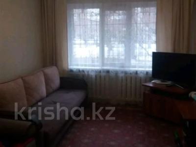 2-комнатная квартира, 43 м², 1/4 этаж, мкр №1, Алтынсарина (Правды) за 13.5 млн 〒 в Алматы, Ауэзовский р-н