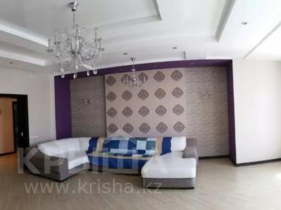 4-комнатная квартира, 200 м², 2/6 этаж помесячно, Ул.Ляйли Мажнум за 850 000 〒 в Нур-Султане (Астана), Есиль р-н — фото 6