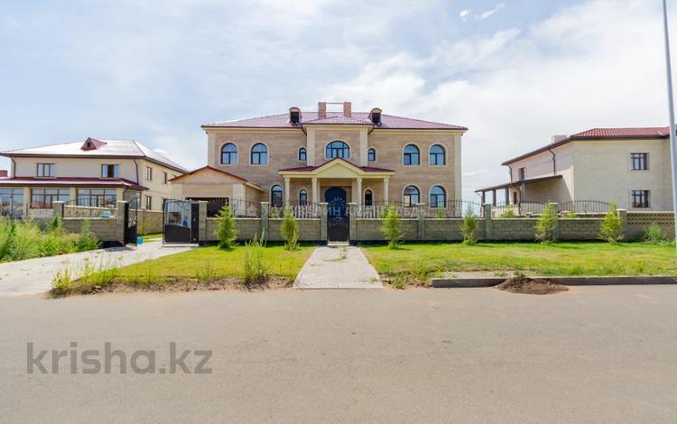 7-комнатный дом, 816 м², 11 сот., Ивана Панфилова за 175 млн 〒 в Нур-Султане (Астана), Есиль р-н
