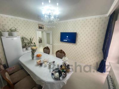 2-комнатная квартира, 65 м², 2/10 этаж, Алихана Бокейханова за 35.5 млн 〒 в Нур-Султане (Астане), Есильский р-н