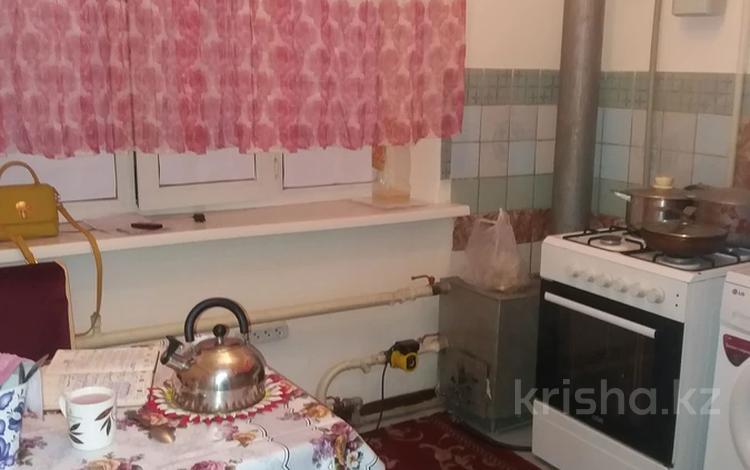 1-комнатная квартира, 40 м², 3/3 этаж помесячно, мкр Кемел (Первомайское) — Дулыга за 70 000 〒 в Алматы, Жетысуский р-н