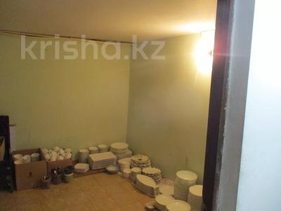 Здание, площадью 505 м², Акимжанова 96 за 45 млн 〒 в Актобе — фото 29