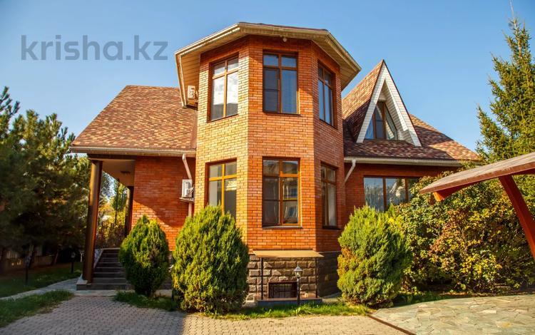 10-комнатный дом посуточно, 650 м², Сагадат Нурмагамбетова 37 за 100 000 〒 в Алматы, Медеуский р-н