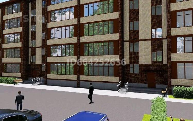 2-комнатная квартира, 60 м², 5/5 этаж, мкр Строитель 30/2 за 12.6 млн 〒 в Уральске, мкр Строитель