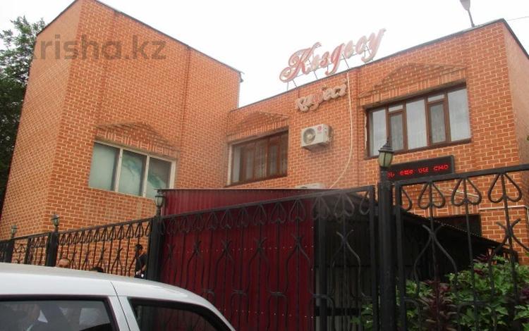 Здание, площадью 1019 м², Ш.Валиханова 24 за 35.4 млн 〒 в Алге