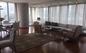 4-комнатная квартира, 197 м², 7 этаж помесячно, Аль-Фараби 77/3 за 1.5 млн 〒 в Алматы, Алмалинский р-н