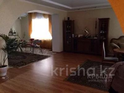 7-комнатный дом, 360 м², Тохтарова 11/1 за 38 млн 〒 в Темиртау — фото 3