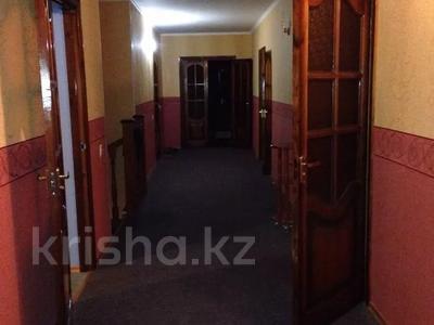 7-комнатный дом, 360 м², Тохтарова 11/1 за 38 млн 〒 в Темиртау — фото 5