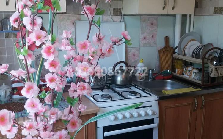 1-комнатная квартира, 36 м², 4/5 этаж посуточно, Самал 8 за 5 000 〒 в Талдыкоргане