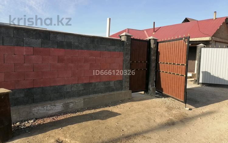 3-комнатный дом, 100 м², 6 сот., 22 линия 47 за 12.5 млн 〒 в М. Туймебаеве