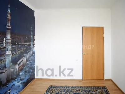 4-комнатная квартира, 101.6 м², 11/12 этаж, Е-10 2 за 29 млн 〒 в Нур-Султане (Астана), Есиль р-н — фото 10